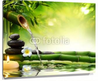 Lienzo Fuente de agua bambu piedras y vela